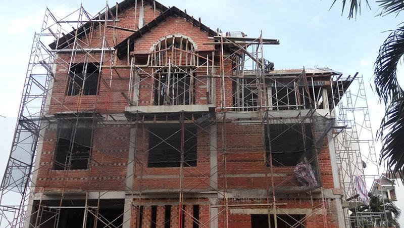 Mơ thấy đang xây nhà còn dang dở